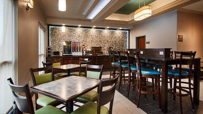 Breakfast Area | Best Western Inn & Suites