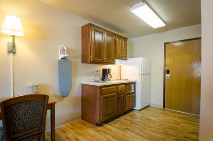 In-Room Kitchenette | Extended Stay Airport