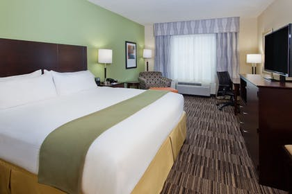 Room | Holiday Inn Express Hotel & Suites Huntsville West - Research Pk