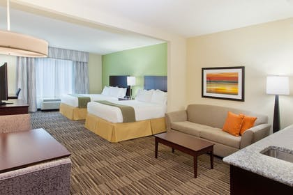 Guestroom | Holiday Inn Express Hotel & Suites Huntsville West - Research Pk