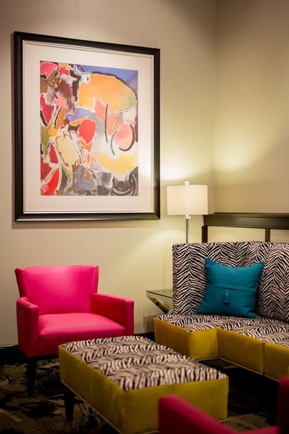 Lobby Sitting Area | The Parker Inn & Suites