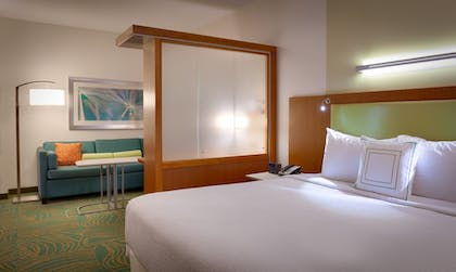 Guestroom | Springhill Suites Houston I-45 North