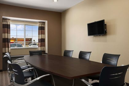 Meeting Facility | Microtel Inn & Suites By Wyndham Pecos