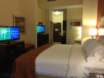 Guestroom | Holiday Inn Express Hotel & Suites Columbia Univ Area-Hwy 63