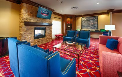 Lobby Sitting Area   TownePlace Suites El Paso Airport