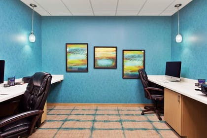 Business Center | Holiday Inn Express Hotel & Suites Warner Robins North West