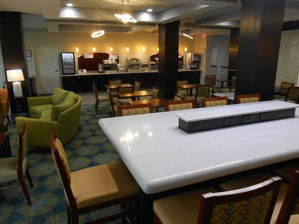 Restaurant | Holiday Inn Express Hotel & Suites Houston NW-Brookhollow