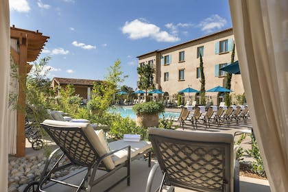 Outdoor Pool | Allegretto Vineyard Resort Paso Robles