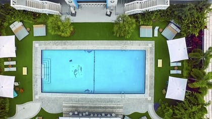 Outdoor Pool | The Vagabond Hotel