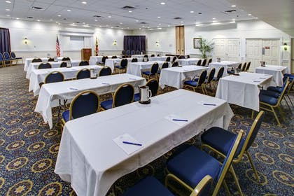 Business Center | Dunes Manor Hotel and Dunes Suites