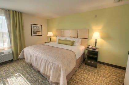 Guestroom | Candlewood Suites Sioux City - Southern Hills