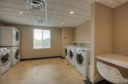 Laundry Room | Candlewood Suites Sioux City - Southern Hills