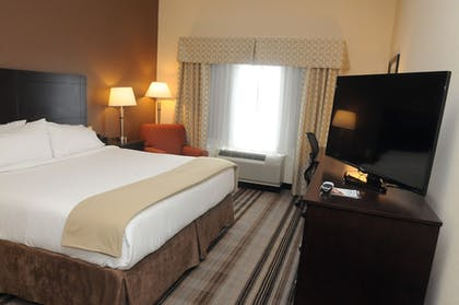 Guestroom | Holiday Inn Express Hotel & Suites Cambridge