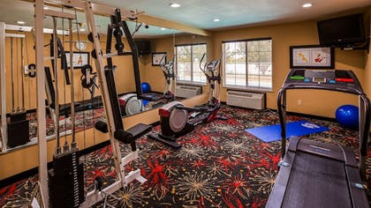 Fitness Facility | Best Western Kenosha Inn