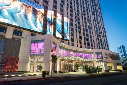 Exterior | Residence Inn Los Angeles L.A. LIVE