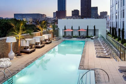 Featured Image   Courtyard Los Angeles L.A. LIVE