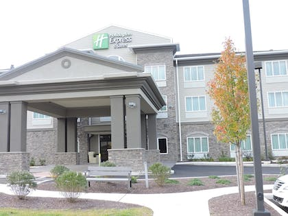 Featured Image | Holiday Inn Express & Suites Montgomery