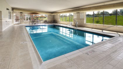 Pool | Holiday Inn Express & Suites Pittsburgh SW - Southpointe
