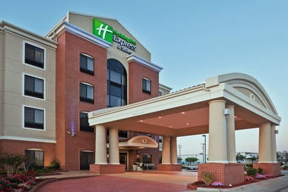 Featured Image | Holiday Inn Express & Suites Greensburg