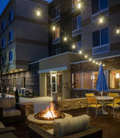 Terrace/Patio | Fairfield Inn & Suites by Marriott Fayetteville North
