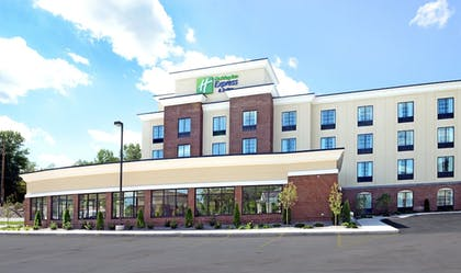 Featured Image | Holiday Inn Express & Suites Geneva Finger Lakes