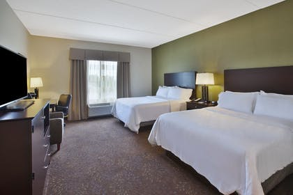 Guestroom | Holiday Inn Express & Suites Geneva Finger Lakes