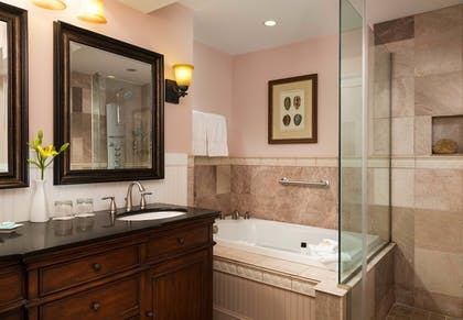 Bathroom | Grand Harbor Inn