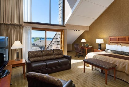 Guestroom | Arrowwood Resort and Conference Center