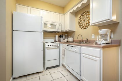 In-Room Kitchen   Carriage Place by Capital Vacations
