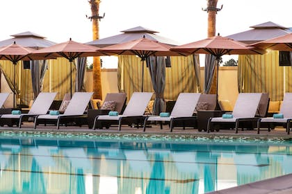 Outdoor Pool | Courtyard Irvine Spectrum