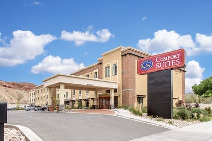 Featured Image | Comfort Suites Moab near Arches National Park