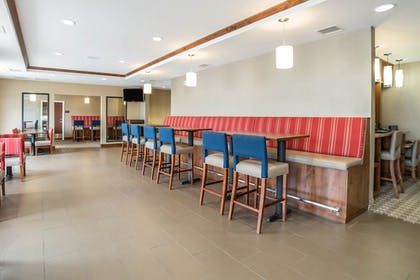 Breakfast Area | Comfort Suites Moab near Arches National Park
