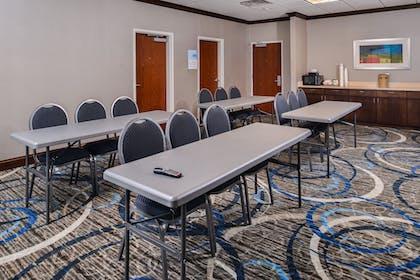 Meeting Facility | Holiday Inn Express & Suites York