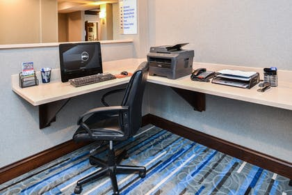 Business Center | Holiday Inn Express & Suites York