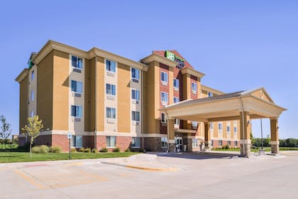 Featured Image | Holiday Inn Express & Suites York