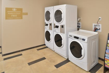 Laundry Room | Candlewood Suites Eugene Springfield