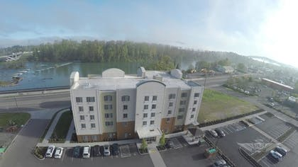 Aerial View | Candlewood Suites Eugene Springfield
