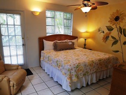 Guestroom | Cedar Cove Resort and Cottages