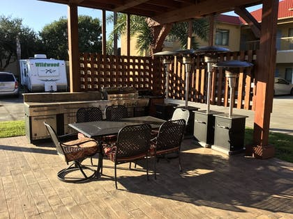 Terrace/Patio | Days Inn & Suites by Wyndham Houston North-Spring