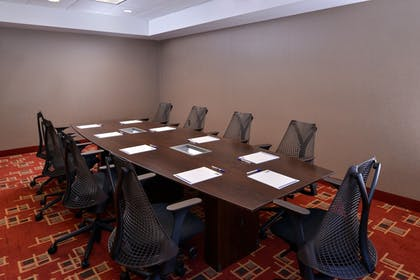Meeting Facility   Holiday Inn Express & Suites Page