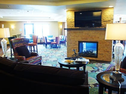 Lobby Lounge | Holiday Inn Express & Suites Pocatello
