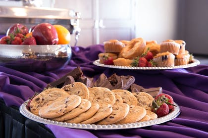 Food and Drink | The Bluemont Hotel