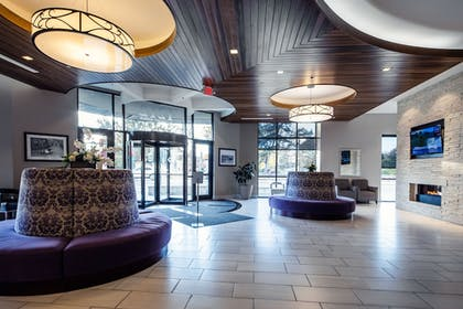 Lobby | The Bluemont Hotel