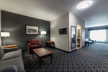 Living Area | The Bluemont Hotel