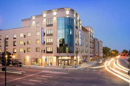 Hotel Front - Evening/Night | The Bluemont Hotel