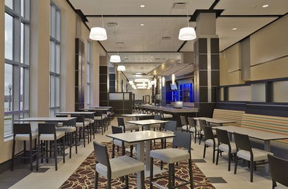 Restaurant | Doubletree By Hilton Lawrenceburg