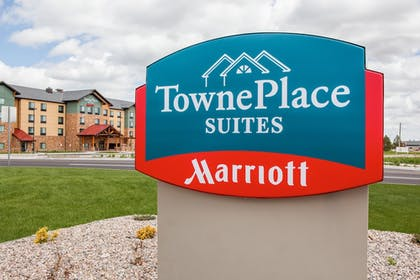 Hotel Entrance | TownePlace Suites by Marriott Cheyenne SW/Downtown Area