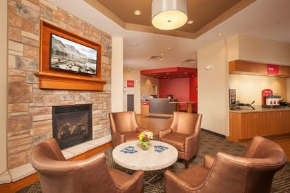Lobby | TownePlace Suites by Marriott Cheyenne SW/Downtown Area