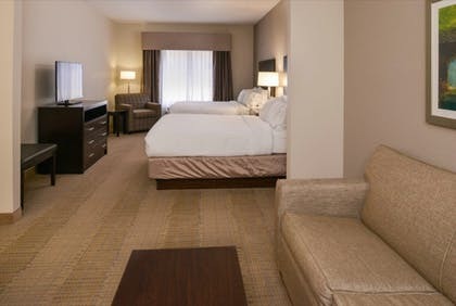 Room | Holiday Inn Express & Suites Sikeston Southwest