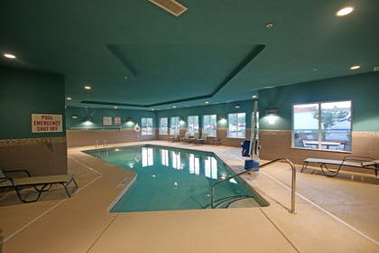 Pool | Holiday Inn Express & Suites Charlotte North